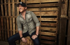 Spring Break 2014: Cole Swindell to Perform at Beach Bash Music Fest